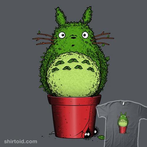 Totoro Topiary